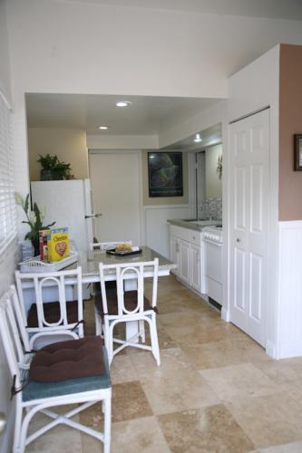 hiilani suite kitchen